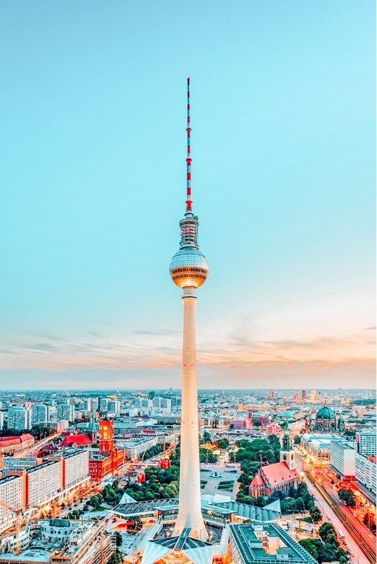Berliner Fernsehturm or Berlin TV Tower