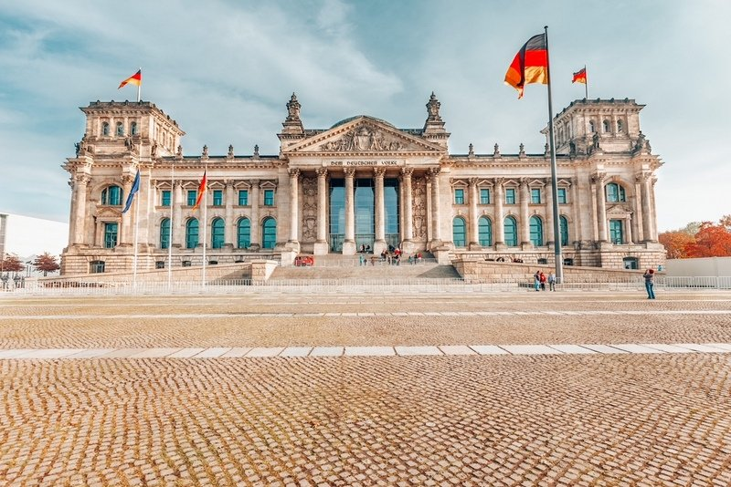 View of Reichstag Berlin in 2 days