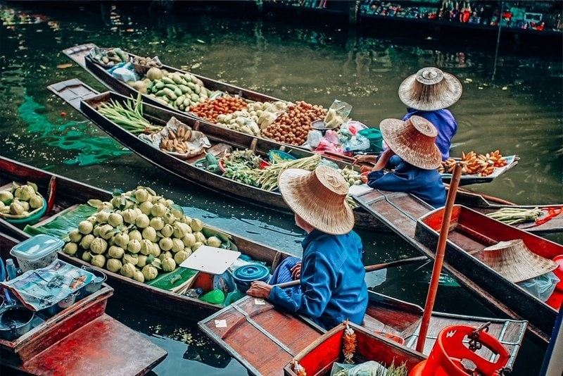 Floating markets in Ratchaburi province Bali 2 day itinerary